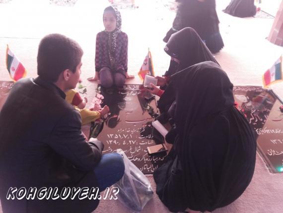 روز پدر در مزار شهدا دهدشت؛ جاي خيليها خالي + تصاویر/پایگاه خبری کهگیلویه